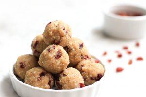 cashew-butter-protein-balls16-1024x683